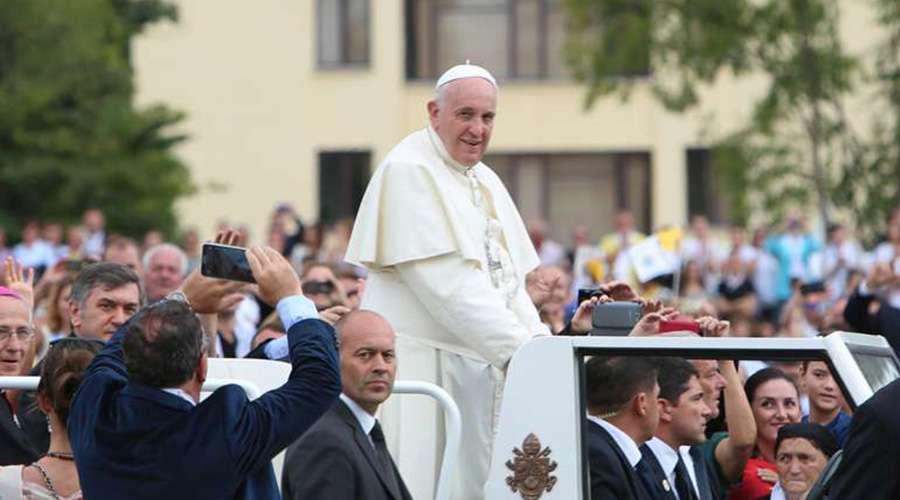 Viajes-del-Papa-Francisco-2