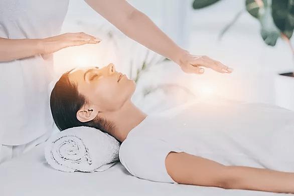 Terapia-Reiki:-Beneficios,-Ventajas-y-Desventajas