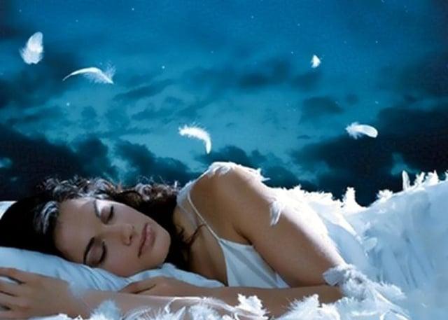que-significa-soñar-con-alguien-que-te-gusta-pero-no-le-hablas