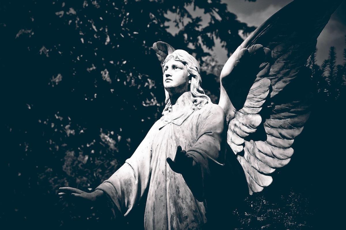 Cómo hablar con los angeles
